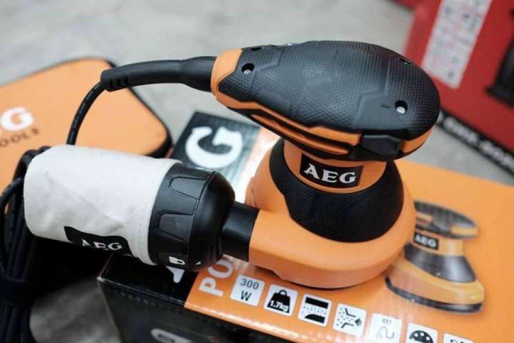 เครื่องขัดกระดาษทราย แบบขัดกลม AEG ex125es